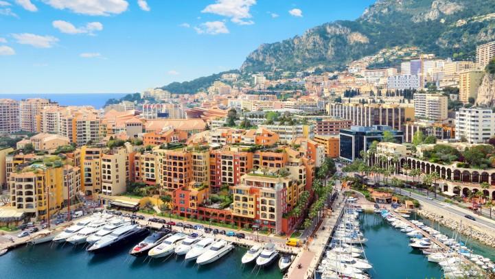 Cap d' Ail et le quartier de Fontvieille  Monaco